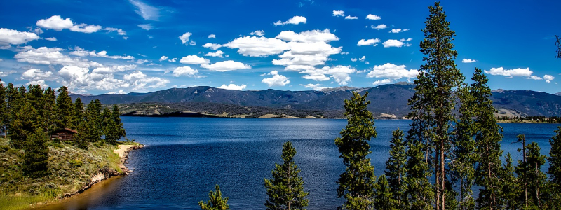 Best Lakes in Colorado to Live On